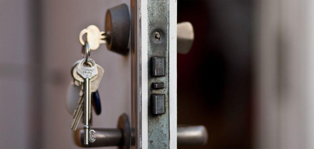 Kırıkkale Bahşılı anahtar, kapı açma, kasa açma, oto anahtarı, oto kapısı açma, oto kumanda, immobilizer anahtarcı yapımı konusunda hizmetlerimiz bulunmaktadır.